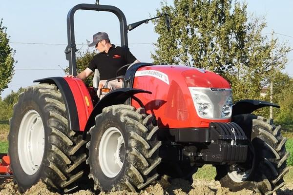 Mccormick X4M Series Tractor
