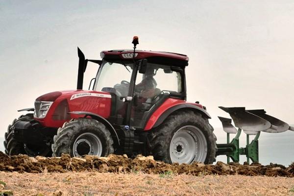 McCormick X6.4 Series Tractor