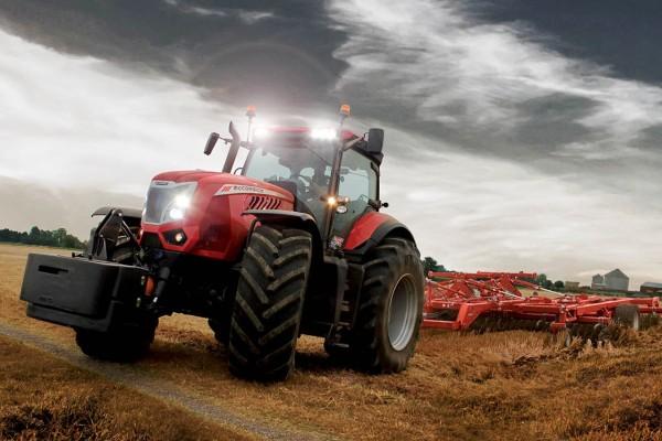 McCormick X8 VT Drive Tractor